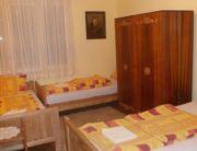 Földszint 4 ágyas szoba