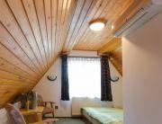 Tetőtéri kétágyas szoba