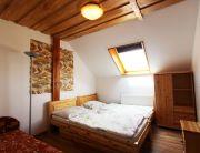 Emeleti 2 légterű családi szoba