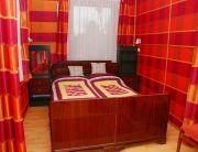 Franciaágyas szoba terasszal