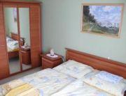 Kerti szoba saját terasszal