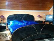 francia ágyas szoba