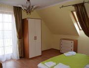 Apartman egyik hálószobája