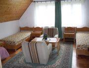 A kisház nagyszobája