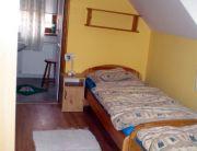 szoba / 2fő + pótágy