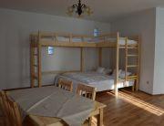 Családi ágyas emeletes ágyas szobánk