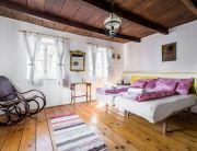Kétfős földszinti apartman, konyhával