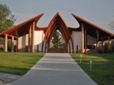 Dinnyési Templomkert Hagyományőrző Központ Dinnyés szálláshely