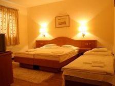 Gastland M1 Hotel Páty szálláshely