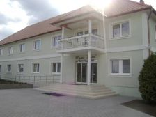 Major Hotel és Apartmanház