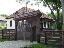 Tájház Fogadó ésLaura Kulcsosház falusi-szallas
