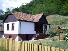Tarna kulcsos vendégház Istenmezeje szálláshely