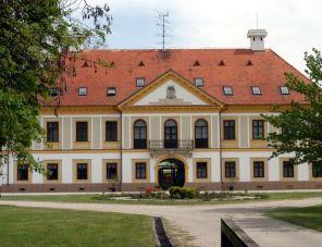 Új-Ebergényi Kastélyszálló kastelyszallo