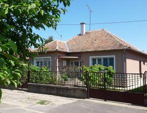 Alexander Vendégház Gyula szálláshely