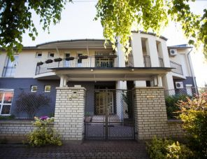 Csenge Villa Siófok szálláshely