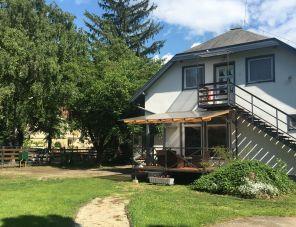 Fenyves Family Rooms&Bungalows szálláshely