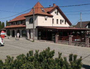 Gondola Pizzéria és Panzió Pilisvörösvár szálláshely