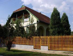 Ibolya Vendégház Kunhegyes szálláshely