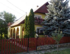 József Apartman Gárdony szálláshely