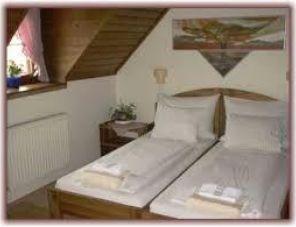 Két Gólya Fogadó Kalocsa szálláshely
