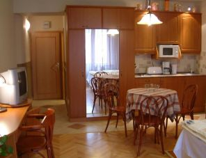 Kalvin Apartments apartman