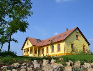 Kiskunsági Betyár Kúria szálláshely
