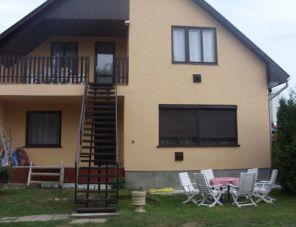 Lenke ház Balatonföldvár-Kőröshegy szálláshely