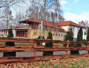 Lovasbarát Fogadó Győrújbarát szálláshely