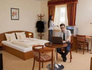 Mandarin Hotel hotel