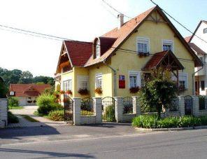 Mika Vendégház szálláshely