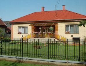 Piroska Vendégház Nyíregyháza-Sóstófürdő szálláshely