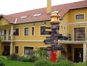 Publo Panzió és Étterem Csákvár szálláshely