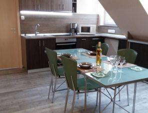 Rózsakert Apartman Velence szálláshely
