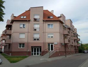 Rózsaszirom Apartman Eger