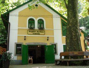Regélő Borház Csárda szálláshely