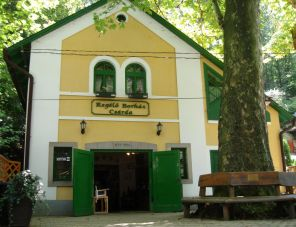 Regélő Borház Csárda Gyöngyös szálláshely