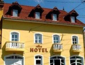 Retro Panzió Pécs szálláshely