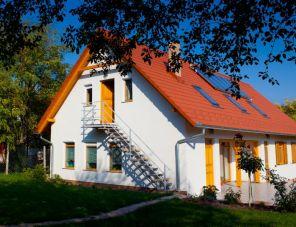 Rozmaring Vendégház Zengővárkony szálláshely