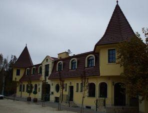 Aranykorona Hotel profil képe - Solymár