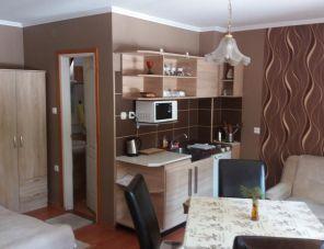 Bakonyi Kemencésház profil képe - Bakonybél