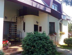 Borostyán Apartman profil képe - Nyíregyháza-Sóstógyógyfürdő