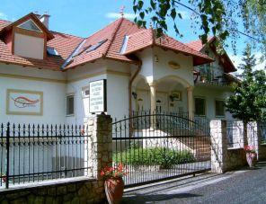 Casa Colonia Apartmanház profil képe - Gyenesdiás