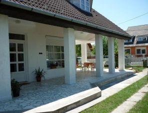 Fehérház profil képe - Balatonkeresztúr