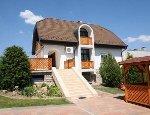 Napfény Villa profil képe - Balatonfüred