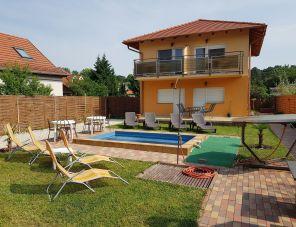 Napsugár Villa B profil képe - Siófok
