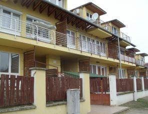 Oázis Apartmanház profil képe - Cserkeszölő