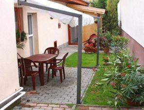 Várkanyar Apartmanok profil képe - Tata