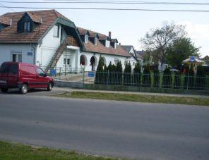 Zelei Vendégház profil képe - Balatonszárszó