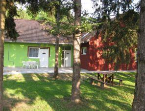 Szikla Vendégház Dédestapolcsány szálláshely