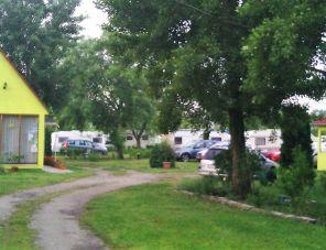 Tópart Camping Győr szálláshely